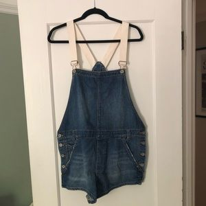 Free People Short Overalls/Romper, size 31